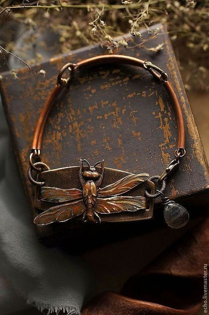 """Karkötő kézzel.  Fair Masters - kézzel készített.  Vásárlás karkötő """"River szitakötő"""".  Kézzel készített.  Bronz, dekoráció, szüret, labradorit"""