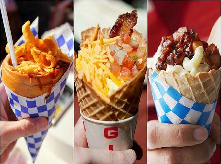 Um jeito prático e delicioso de servir comidinhas de rua é o cone food, comida servida em cones de waffle, tortilla, casquinhas de sorvete ou recipientes nesse formato!