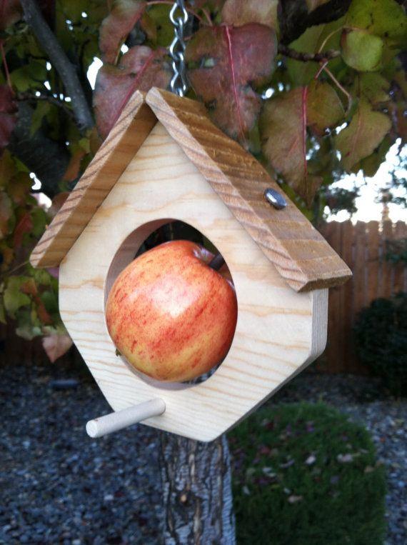 Mangeoire oiseaux maison style  best seller  par abirdthing sur Etsy, $15.00