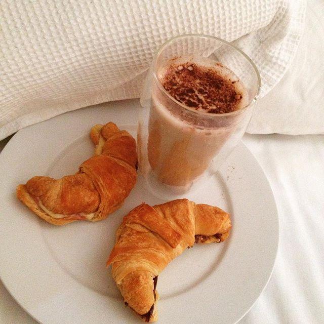 #breakfastinbed #thankshusband #sleepin #lovecroissants