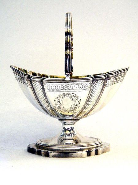 ANTIQUE GEORGIAN SOLID SILVER SUGAR BASKET LONDON 1795 John Bull Antiques…