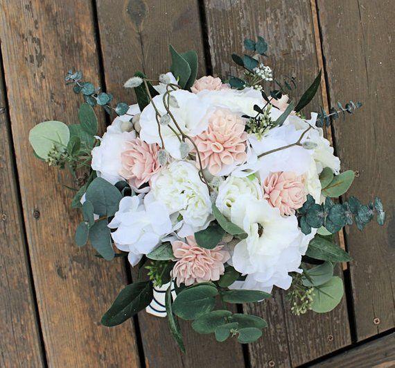 Silk Sola Wood Bridal Bouquet – Seidenblumen, Dahlien, Anemonen, Dusty Miller, Silber Brunia, Eukalyptus, Hortensien  – Hochzeit