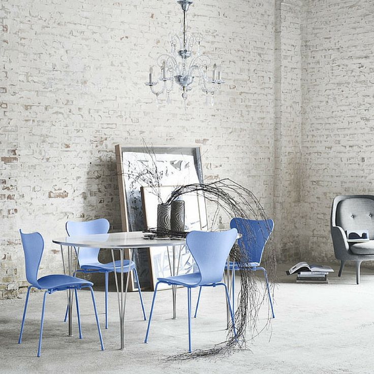 Monochrome Series 7 Chairs Trieste Blue with Piet Hein, Arne Jacobsen, Bruno Matthson Span Leg Table | Fritz Hansen