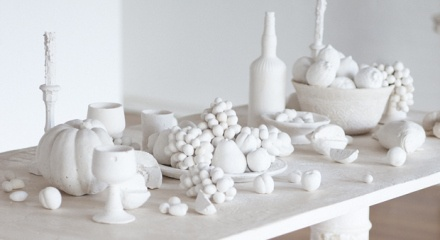 SaltArt  Artists Ken and Julia Yonetani unearth mounds of salt and transform it into a still-life sculptural installation bearing an important environmental message. A surreal vision of luxury and abundance greets visitors to Ken and Julia Yonetani's latest sculptural installation.