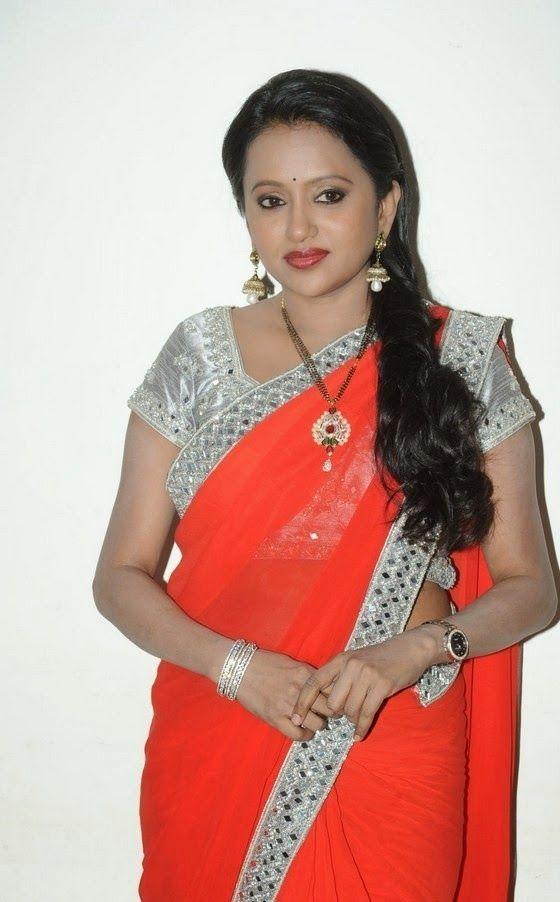 Anchor Suma Latest Cute Hot Transparent Exclusive Saree Navel Show Spicy Photos Gallery At Mukunda Telugu Movie Audio Launch Event