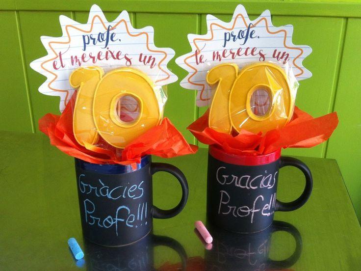 """""""Gracias por un curso lleno de emociones"""" este es lema que etiqueta nuestros packs de galletas para regalos de fin de curso para profesores de este año. Varios combinaciones con 3, 4 y …"""