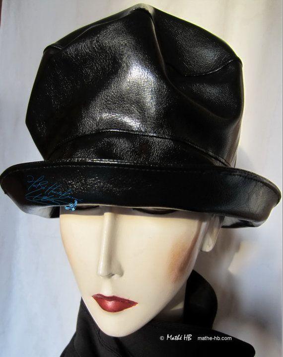 rain hat to order sublime black unisex elegant par MatheHBcouture