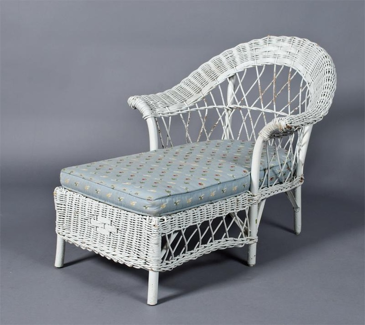 antique child 39 s wicker chaise lounge chaise my lounge