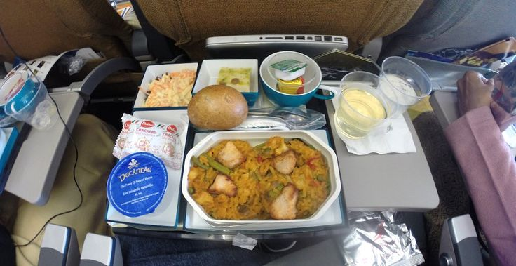 Experience Sri Lankan hospitality before you land on SriLankan Airlines. A review of my Paris to Colombo flight.