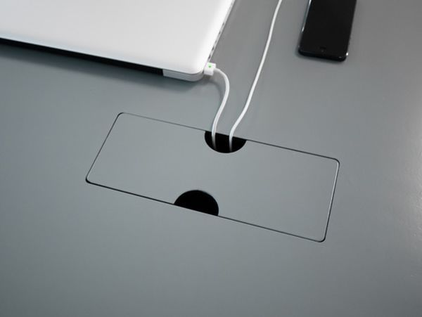 Table system by FRISO DIJKSTRA