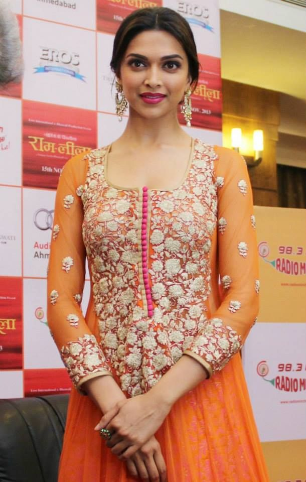 Deepika Padukone poses during the film Ram Leela promotion