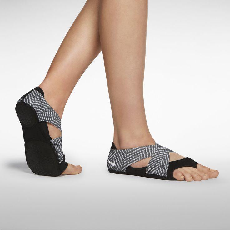 Posture Dressing Shoe