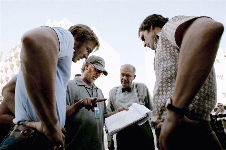 "fuckyeahdirectors: "" Daniel Craig, Steven Spielberg, Hanns Zischler and Eric Bana on-set of Munich (2005) """