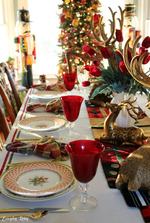 Tablescape Tuesday Golden Reindeer Holiday Table Decorations Christmas Holiday Table Decorations Christmas Table Settings