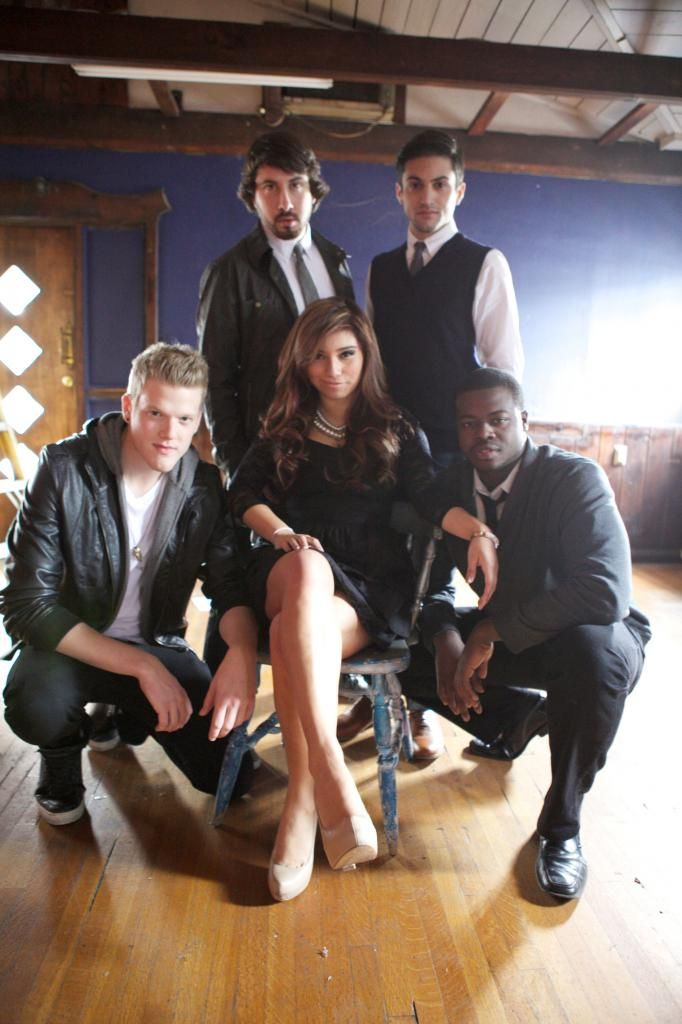 Pentatonix My all time favorite group!!!! Made me fall in love with Accapella. (L-R) Scott, Avi, Mitch, Kirstie, Kevin
