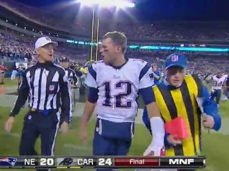 tom brady drops the f bomb | Tom Brady Drops F-Bomb At Ref After Patriots Lose [VIDEO] - Business ...