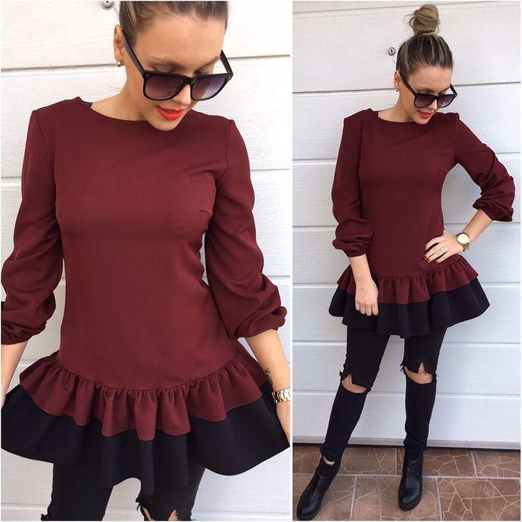 Posledný ks z tejto kvalitnej  krásnej tuniky alebo žeby šiat ? je na tebe ktorú variantu si zvolíš  Dostupná veľkosť M v akciovej cene 2890 dodanie do 24hod objednaj v directe na FB alebo priamo na http://www.tvojstyl.fashion#tvojstyl#fashion