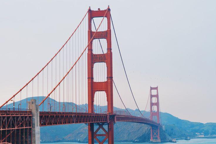 La seule raison qui m'avait poussée à marcher jusqu'au premier pilier du Golden Gate, c'était qu'il y avait là une arène Pokemon Go et que j'étais fermement décidée à y placer l'un de mes pokémons.    San Francisco, USA:     37.8199328, -122.4804438
