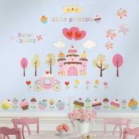 Roommates muursticker kasteel cupcake castle