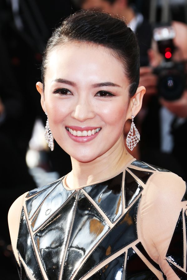 30 Celebrities We Really Miss    Zhang Ziyi After starring in major films like Crouching Tiger, Hidden Dragon and Memoirs of a Geisha, this beauty moved onto roles in her native China. How are you with subtitles?