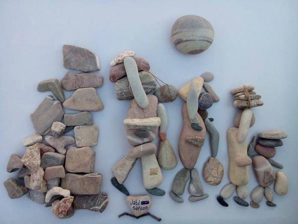 Las estremecedoras esculturas de un artista sirio narrando el éxodo de su pueblo