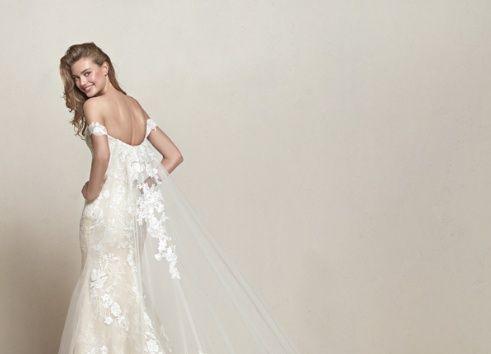 Coleção de vestidos de noiva Pronovias com vestidos princesa, vestidos sereia, vestidos com ombro caído. Vem conhecer a marca e se inspirar.