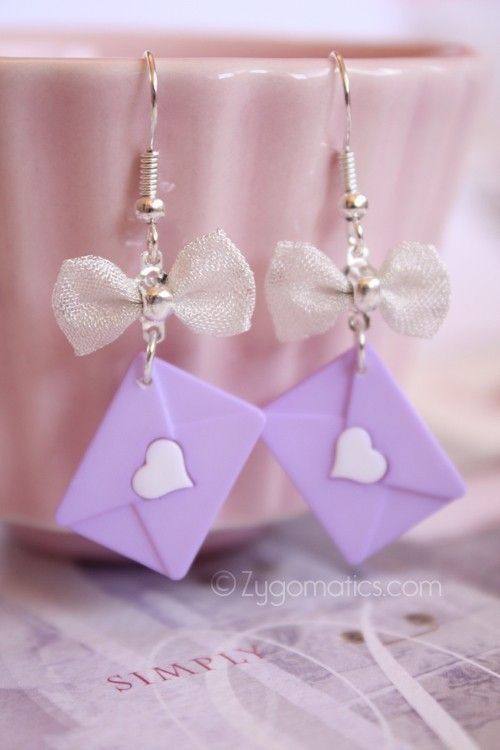 Love letter earrings-polymer - Not keen on the bow but love the little envelope!