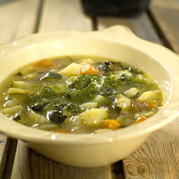 minestronesuppe med basilikumpesto