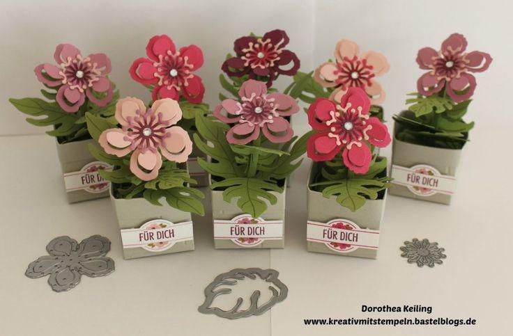 Herzlich Willkommen auf meinem Blog, schön daß ihr vorbei schaut. Heute gibt es wieder eine Blogparade vom Team Stempelwiese. Ihr könnt euch heute jede Menge Ideen zum Thema Blumen holen. Also laßt euch inspirieren…. Mein Beitrag zu diesem Thema sind diese kleinen Blumentöpfe, die ich für meine Mädels als Willkommensgruß beim letzen Workshop gebastelt habe. […]