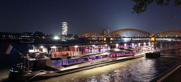 Pure Liner Düsseldorf - beliebteste Event Locations in Düsseldorf #event #location #top #20 #düsseldorf #veranstaltung #organisieren #eventinc