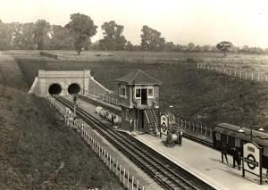 Hendon Central station, 1924 (London Transport Museum)