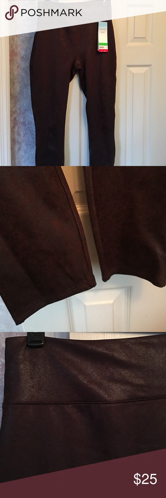 Spanx structured shine leggings size large BNWT Spanx structured shine leggings size large BNWT. Super comfortable and have lots of support in the waist band! Holds everything in. Super stretchy and great for any occasion! Color is maroon. ❌No trades SPANX Pants Leggings