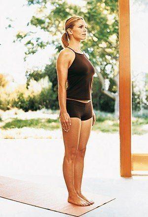 ЖИРОСЖИГАЮЩАЯ ТРЕНИРОВКА      Многие думают, что йога предназначена исключительно для расслабления. Оказывается, с ее помощью можно и накачать мышцы, и даже согнать лишний жирок    Когда дни становятся короче, а на улице холодно и мрачно, ходить в спортзал ну просто нет никаких сил. И не надо! Ведь поддерживать себя в форме можно и дома. Главное — подобрать подходящие упражнения.  Остановив выбор на силовой йоге, вы не ошибетесь. Во-первых, для выполнения этого комплекса вам понадобится…
