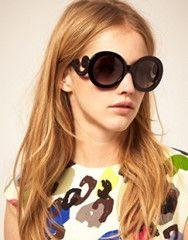 just like the Prada baroque sunglasses... but wayyy cheaper!