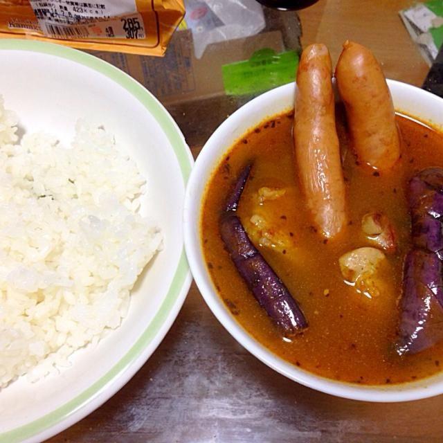 札幌スープカレーの素(ソラチ、3食分¥324)で作りました。お手軽な割に美味しかった(^o^)/ - 11件のもぐもぐ - スープカレー by sozza