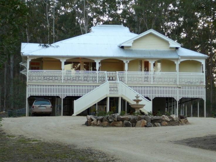 Relocated Queenslander - looks familiar