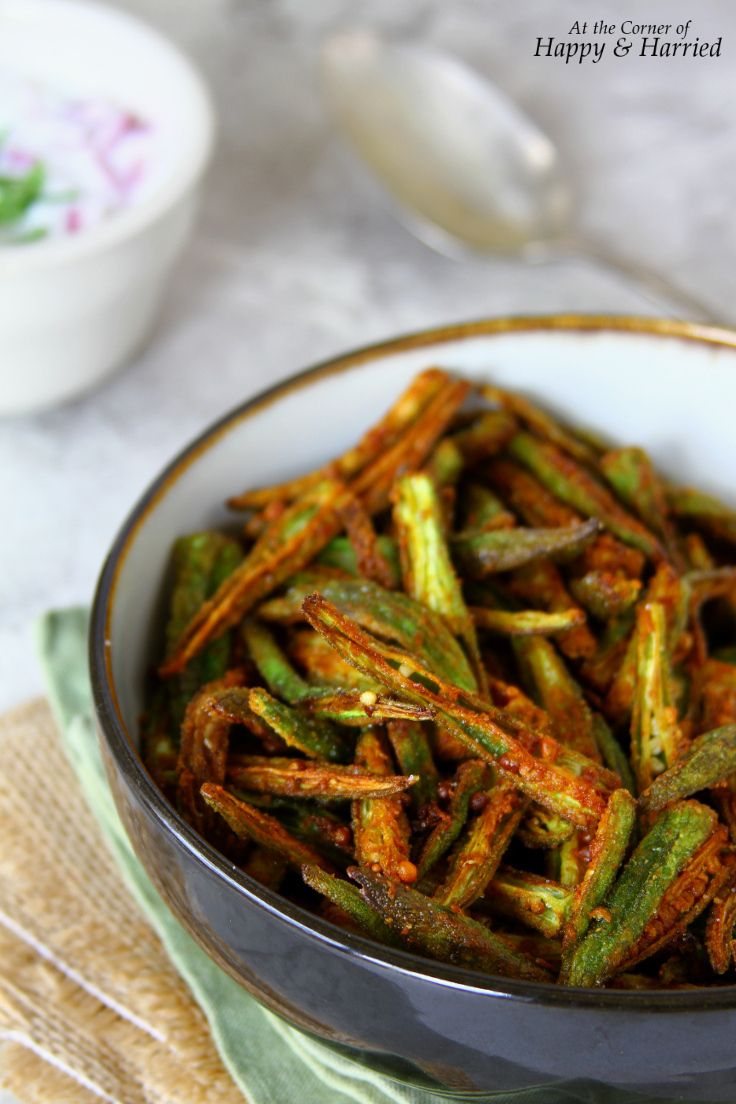 Kurkuri Masala Bhindi {Indian Style Crispy Okra Fry} Okra dusted lightly with spices and fried to golden, crunchy perfection.