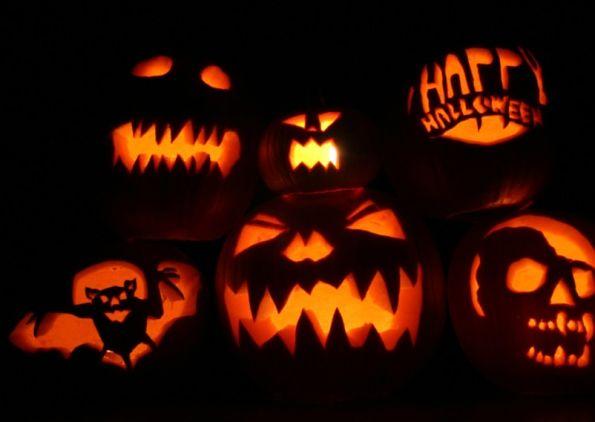 Spooky HalloweenHoliday Ideas, Halloween Pumpkin, Pumpkin Carvings, Jack O' Lanterns, Halloween Pictures, Carvings Pumpkin, Halloween Wallpapers, Happy Halloween, Jack-O'-Lantern