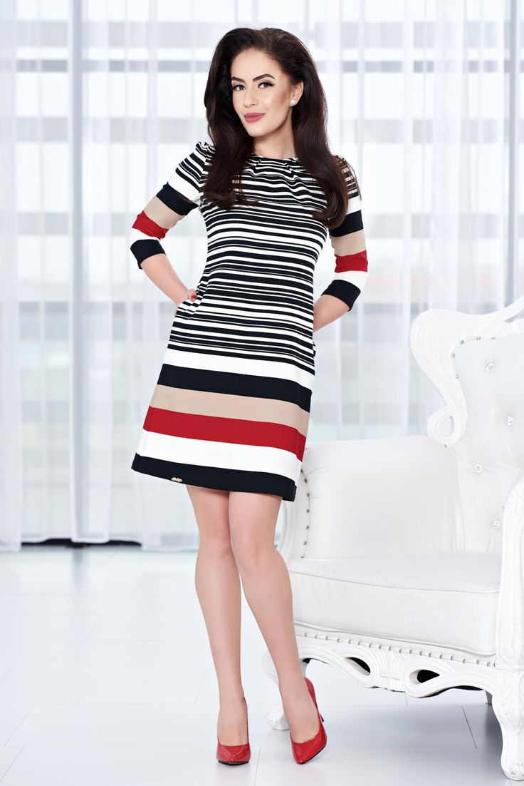 Fofy Perfect Lines Black Dress, one button fastening, with pockets, elastic fabric, 3/4 sleeves, horizontal stripes