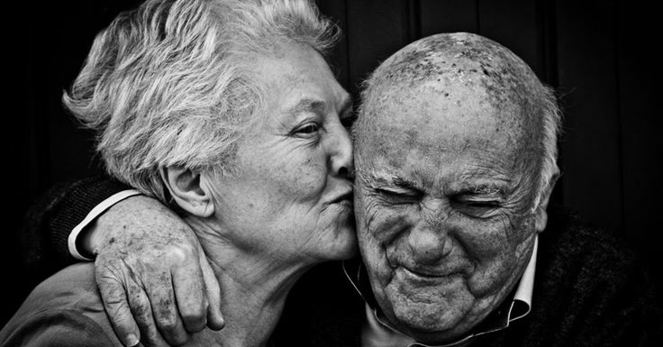 couple eats wedding cake 60 years 347 best images about relationships on 13015