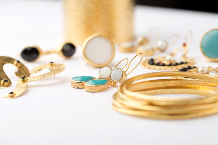 http://manolajewelry.com/product-category/infinity/