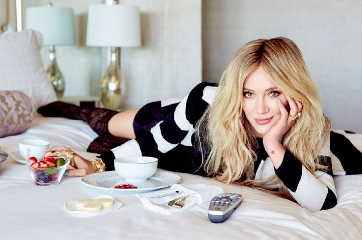 Hilary Duff - Glamour Mexico Magazine Photoshoot : Global Celebrtities (F) FunFunky.com