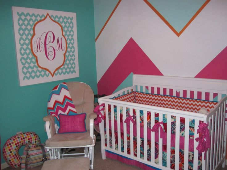 Chevron...ohhh maybe I like this better for baby girl's room!  ;)  Logan hates pinterest right now.
