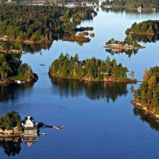 The Thousand Islands are a chain of islands that straddle the US-Canadian border in the Saint Lawrence River as it emerges from the northeast corner of Lake Ontario.