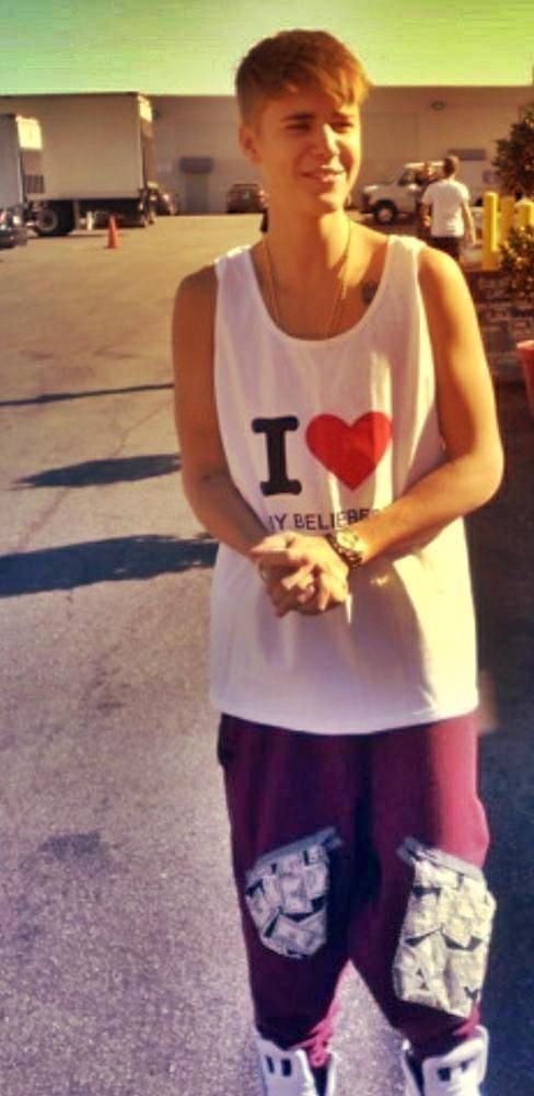 Justin Bieber Shirt : I LOVE MY BELIEBERS.........love his shirt so much. AND LOVE U 2 JUSTIN!!!!!!!!