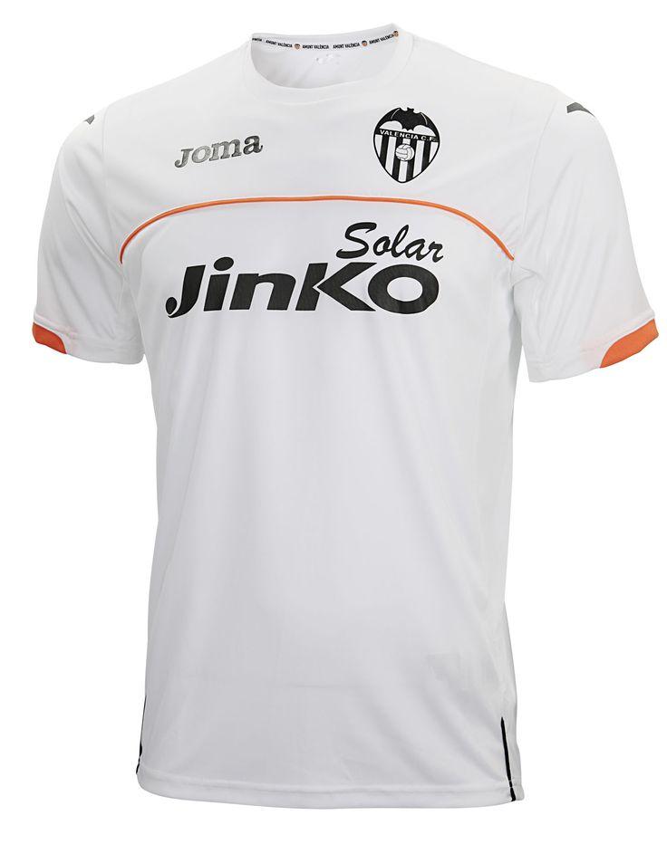 Indumentaria entrenamiento Valencia CF.