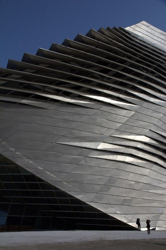 Dalian International Conference Center by Coop Himmelb(l)au. © Cristiano Bianchi