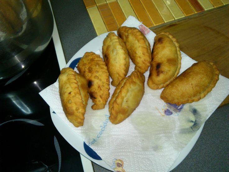 como hacer masa para empanadas bolivianas