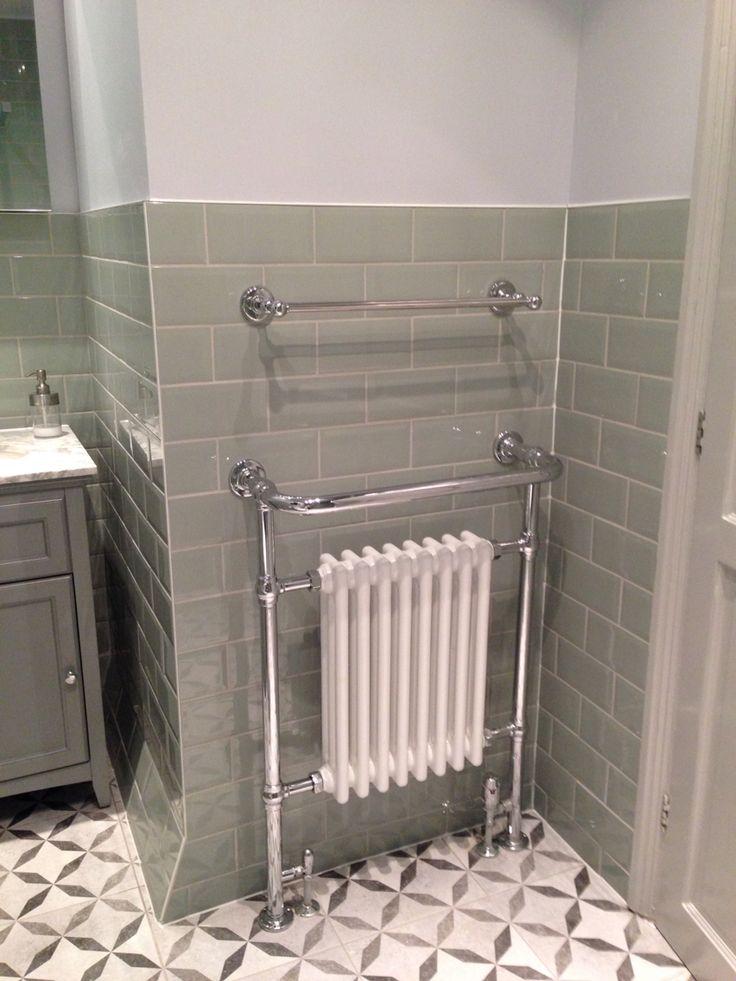 Classic victorian style towel rail classic bathroom in for Victorian terrace bathroom ideas