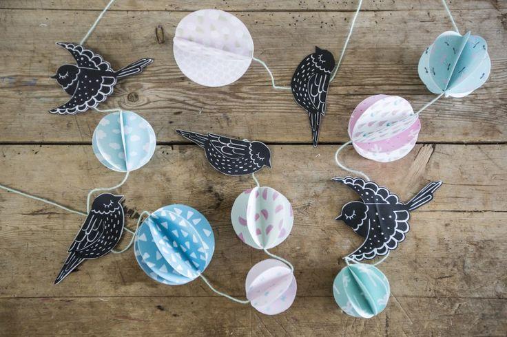 Maak een hanger met papieren vogels - Doe het zelf met Søstrene Grene
